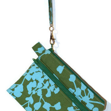 Green and blue wristlet, double zipper bag,  padded cell phone bag, zippered gadget case, gadget bag, cell phone wristlet, bridesmaid pouch.