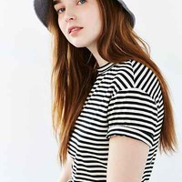 Late Pass Flannel Bucket Hat - Urban Outfitters
