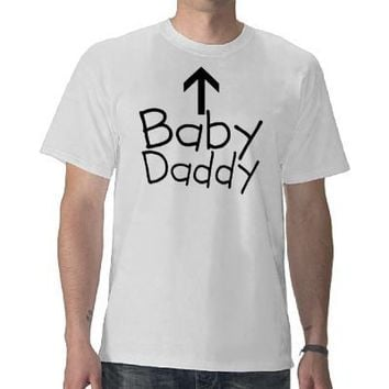 Funny Baby Daddy Arrow Expecting Dad T-Shirt from