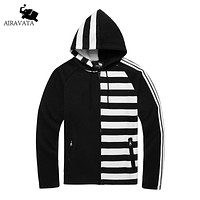 New Men's Hip-Hop Street wear with Strips Printing Students Hooded Zipper Hoodie and Sweatshirt with Pockets
