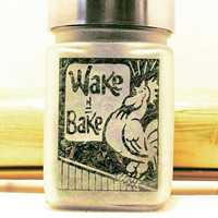 Wake and Bake Etched Glass Stash Jar - 420 Gift - Birthday Gifts for Smokers - Wake n Bake Recreational and Medical Marijuana Stash Box