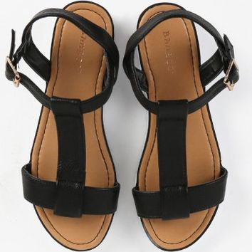 Bamboo Pansy-01 T Strap Flatform Sandals | MakeMeChic.com