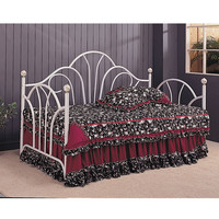 Fan Back Traditional Metal Daybed
