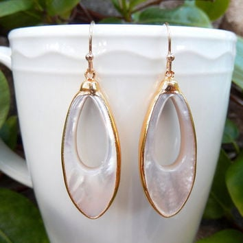 Marquise Mother of Pearl Earrings 24K Gold Oblong Matching Pair - Free Shipping Jewelry