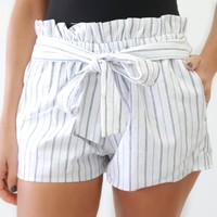 Come Spring Shorts - Off White