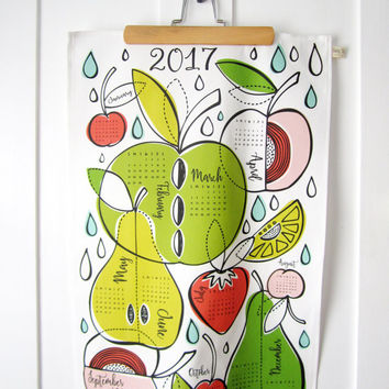 2017 Calendar Tea Towel // Fruit Illustration // Dishtowel // Kitchen Decor // Fruit Salad Design // Colorful // Midcentury Modern Design