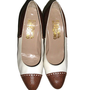 80s Classic SALVATORE FERRAGAMO White Leather Brown Reptile SPECTATOR Shoes Cone Heels Pumps 8.5 B - Made in Florence Italy
