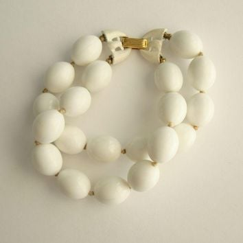 Trifari Crown 2-Strand White Bead Bracelet Enamel Clasps Vintage Jewelry
