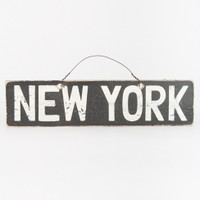 Brandy & Melville Deutschland - New York Signboard