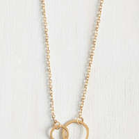 Minimal Gimme the Loop Necklace by ModCloth