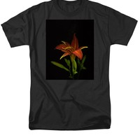 Day Lily with Pollen T-Shirt