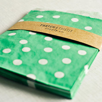 Paper Bags in Aqua Polka Dots - Set of 20 - 5x7 Party Favor Kraft Gift Wrapping Invitations Packaging Embellishment Sacks Merchandise