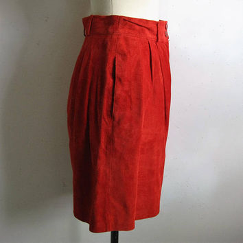 Red 80s Bagatelle Suede Shorts Vintage Leather 1980s Womens Pleated Short Pants 10