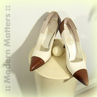 "Colorblock HighHeel I Miller 50s Leather Spectator Brown Ivory 3 1/2"" Heel Mad Men Shoe 8AAAA Vintage TREASURY Item - Free Shipping"