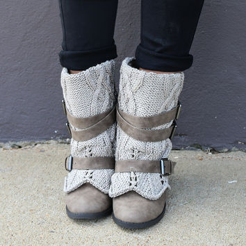 SZ 6 Naughty Monkey Don't Sweat It Taupe Ankle Bootie With Shimmer Sweater Cuff & Cross Straps