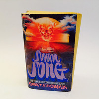 Swan Song by Robert McCammon 1987 First Edition Paperback