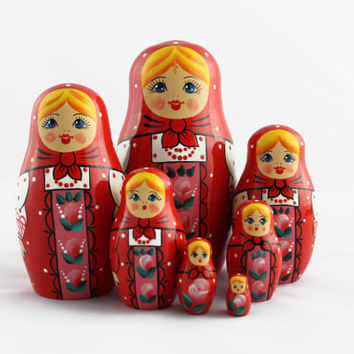 Matryoshka Russian Nesting Doll Babushka Beautiful Red Sundress Set 7 Pieces Pcs Hand Painted Handmade Souvenir Gift Handicraft