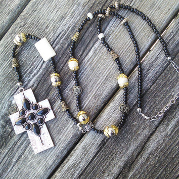 Gothic Bone Rosary, Copper Rosary Necklace, Goth Witch Black Cross Necklace,Punk Rocker Jewelry, Wiccan Pagan Occult Rosary Pendulum