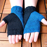 """Fingerless Mittens """"Black&White"""", wristers knitting pattern PDF download - suitable for advanced beginners, eye catcher, diy holiday gift"""