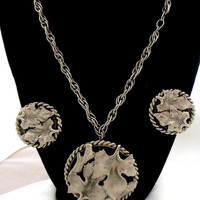 Silver Necklace Brooch Earring Set in Woodsy Design