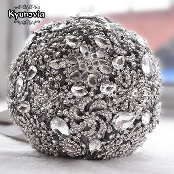 Kyunovia Luxurious wedding accessories Brooch bouquet Ivory Gray Crystal Bouquet Silk Wedding flowers Bridal Bouquets FE9