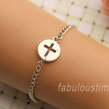 cross bracelet,retro silver hollow out little cross bracelet,alloy chain bracelet---B317