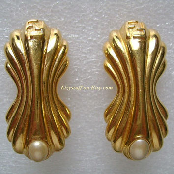 Exquisite High End FENDI F-F Logos Rich Gold Plated With Faux Pearl High Quality Designer Fashion Clip on Back Earrings Vintage Circa 80's