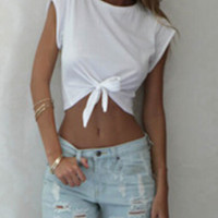 White Round Neck Knotted Crop T-Shirt - Sheinside.com