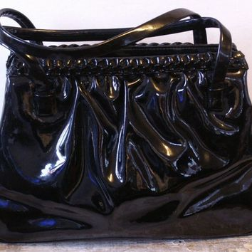 Vintage 60s Handbag / Black Patent Leather Purse / Gathered Double Handle Pocketbook / 60s Fashion