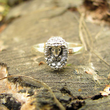 Sterling Silver Hedgehog Ring, Animal Ring, Little Hedgehog