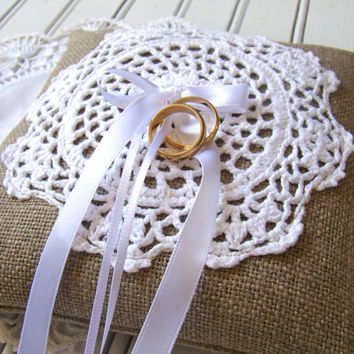 Vintage Styled, Rustic Ring Bearer Pillow, Wedding Ring Bearer , Ring Cushion, Linen Burlap and White Crochet
