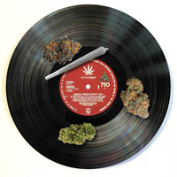THE LP MARIJUANA DAB MAT BY STONER DAYS