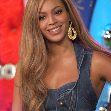 Beyonce Long Side Parting Light Brunette Hairstyle