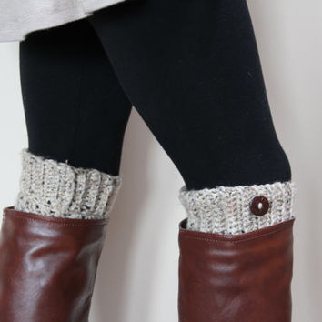BOOT CUFFS / OATMEAL / Women's Leg Warmers / Boot Warmers / Boot Toppers / Acrylic Yarn / Gift for Her