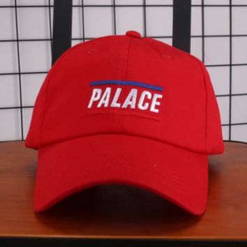 PALACE New fashion embroidery letter couple baseball hat sunscreen cap Red