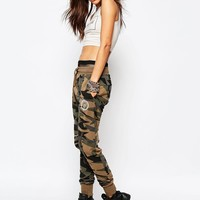 Criminal Damage | Criminal Damage Sweat Pants In Geo Camo Print at ASOS