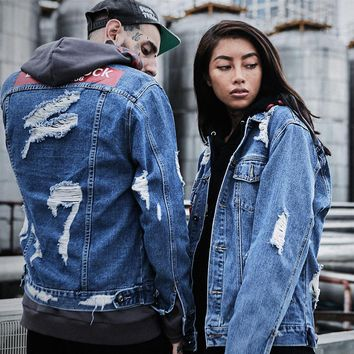 Graffiti Letter Men Ripped Denim Jackets Mens 2017 Printed Jeans Women Coat Hip Hop Casual Cotton Blue Biker Denim Holes Coats