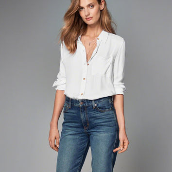 DRAPEY BUTTON-UP SHIRT