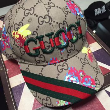 '' GUCCI '' Embroidered Baseball Cap Hat
