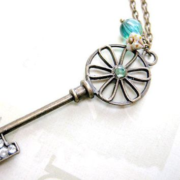 Skeleton key necklace,Key necklace, Key pendant necklace, Key to my heart,Anniversary gift for wife, Flower key jewelry, Gift for her