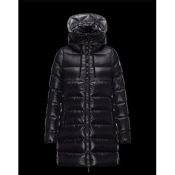 Moncler SUYEN Turtleneck Drawstring Collar Black Jackets Pa/Techno Fabric Womens