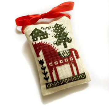 Christmas ornament, Christmas tree decor, dala horse, ethnic mini pillow, primitive Christmas decor, Completed cross stitch, red horse