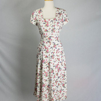 Sweet Vintage Floral Princess Dress Pretty Corset Laced Back S Midi Day Dress
