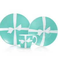 Tiffany & Co. | Item | Tiffany Bows three-piece set in porcelain. | United States