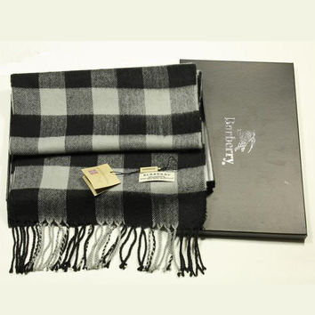 Perfect Burberry Woman Fashion Accessories Sunscreen Cape Scarf Scarves