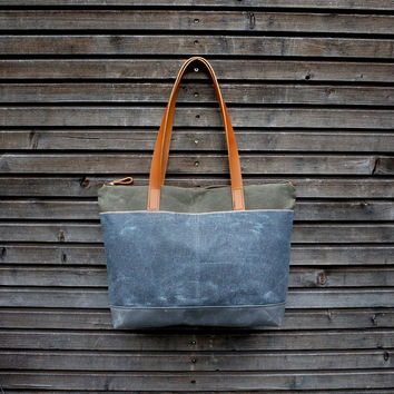 Tote bag in waxed canvas / carry all with  leather handles and double waxed canvas bottem COLLECTION UNISEX
