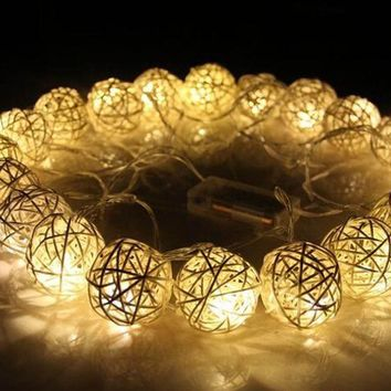 CREYONHS 20 LED 250cm Warm White Rattan Ball String Fairy Lights For Christmas Xmas Wedding Decoration Party Hot Dry Battery