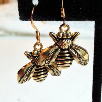 Bee Earrings, Insect Jewelry, Gold Color, Bumble Bee, Insect Charm, Bee Dangle, Nature, Honey Bee
