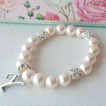 Pearl bracelet, flower girl personalized gift, pink pearl, bridesmaid gift, wedding jewelry, wedding gift, bridal shower