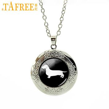 TAFREE Deeply loved locket necklace  Dachshund pendant necklace dog hound dog pendant necklace profile gift jewelry   T354